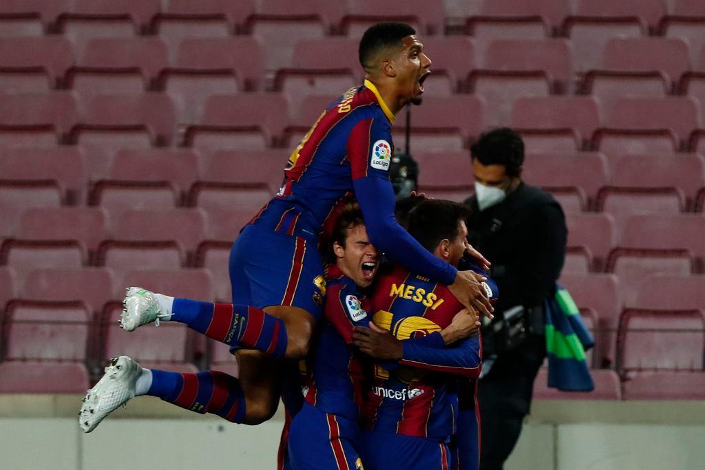 El Clasico, czyli odwieczny bój o Hiszpanię. Real kontra Barcelona. Gdzie i o której oglądać?