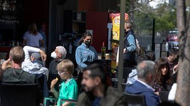 Hiszpania: w Saragossie modne przychodzenie do barów w piżamach o godz. 6 rano w niedzielę
