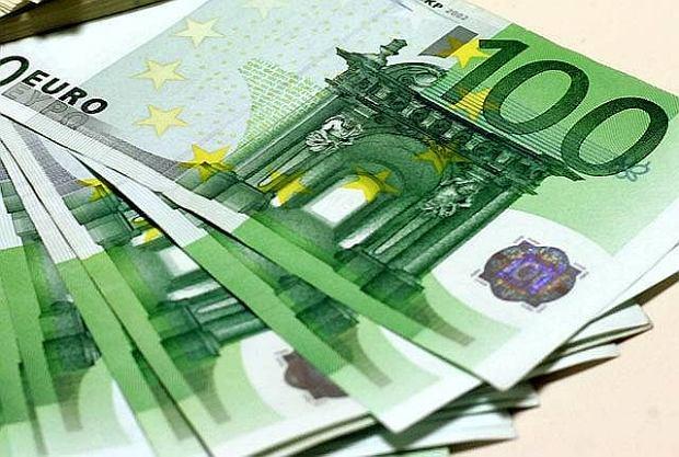 Średni kurs euro w zamówieniach publicznych