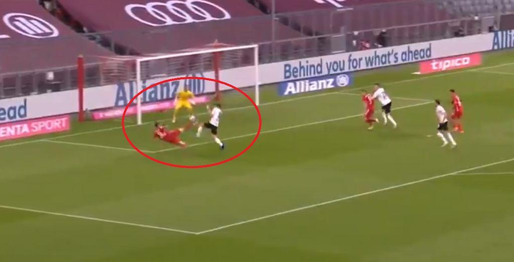 Drugi gol Lewandowskiego w meczu z Borussią!