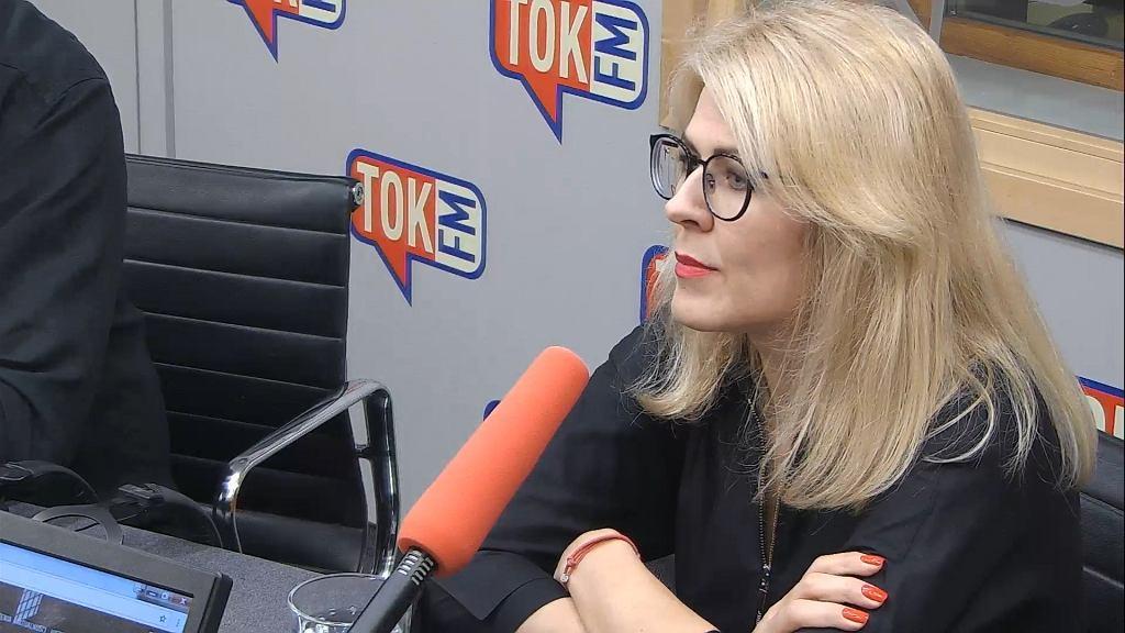 Renata Grochal w studiu TOK FM .