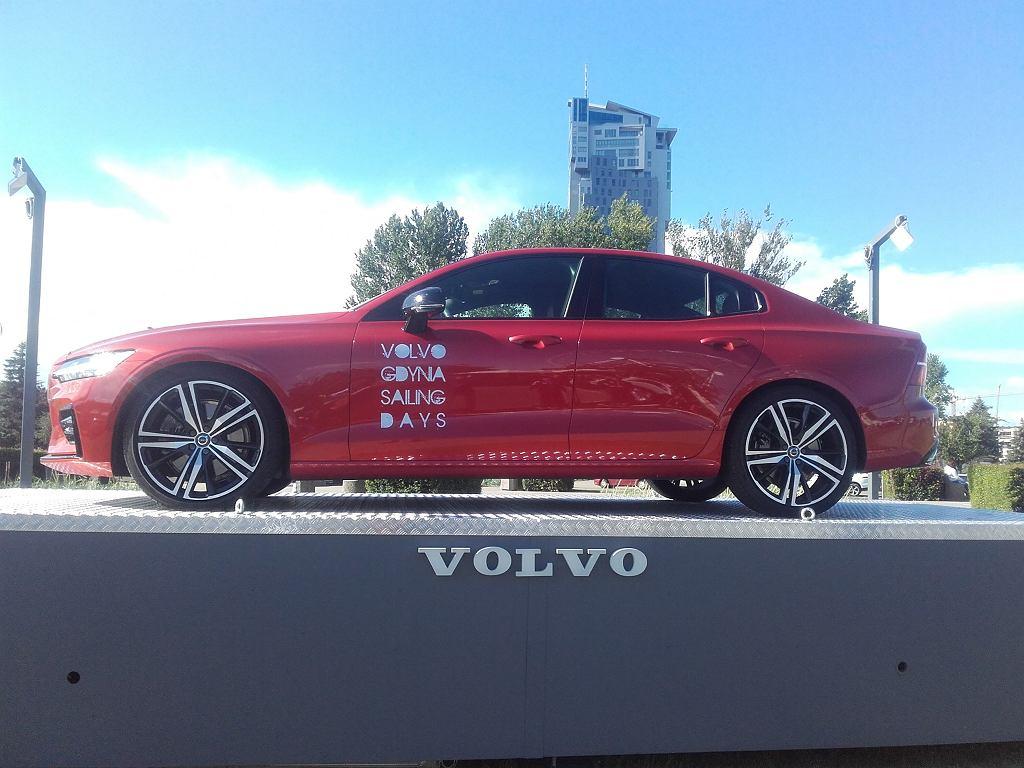 Nowe Volvo s 60 reklamuje tegoroczne Volvo Gdynia Sailing Days