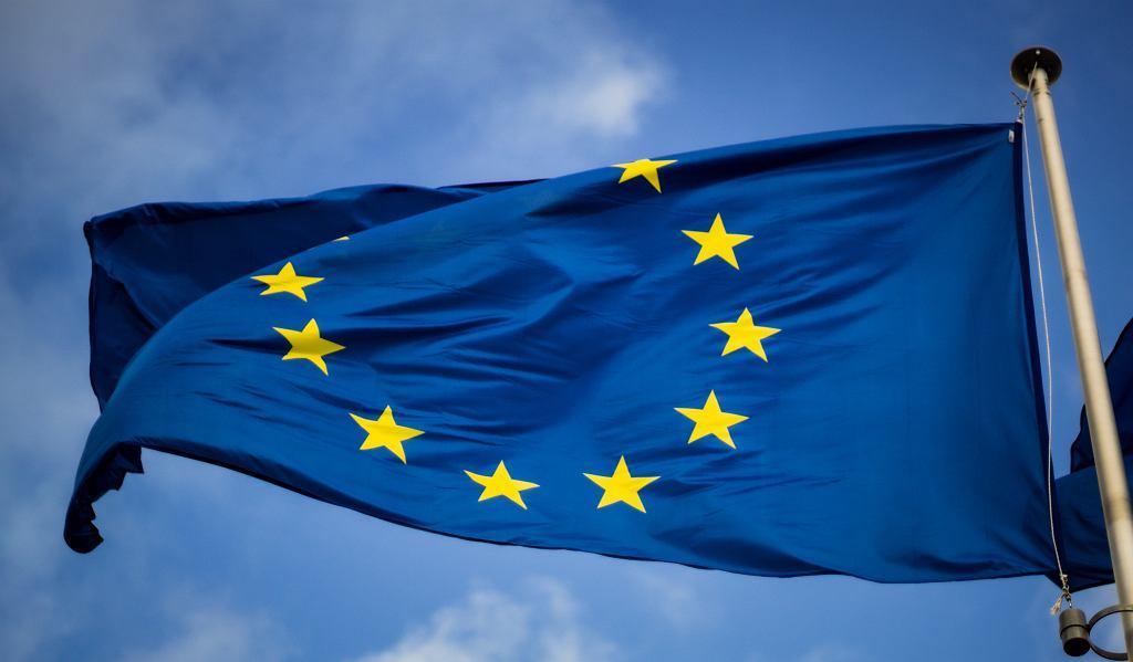 Flaga Unii Europejskiej (zdjęcie ilustracyjne)