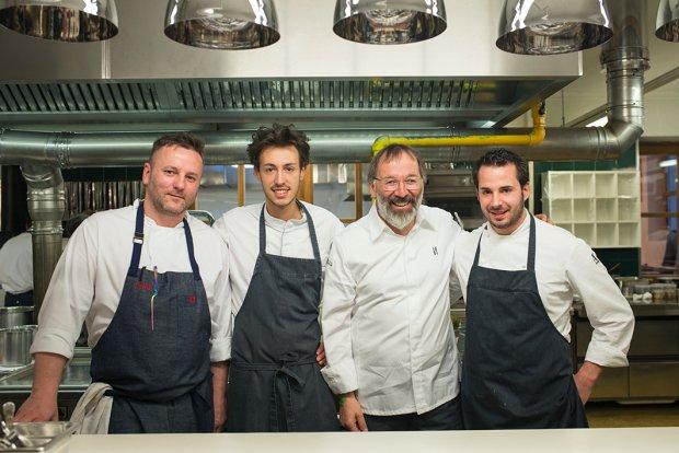 Mistrzowski polsko-włoski team: od lewej Dariusz Barański, obok ekipa St. Hubertusa: sous chef Michele Lazzarini, Grand Chef Norbert Niederkofler, cukiernik Andrea Tortora.