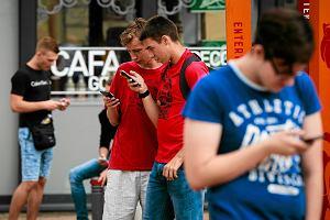 W PZU, Aksie i w Warcie zgłosisz stłuczkę przez smartfon