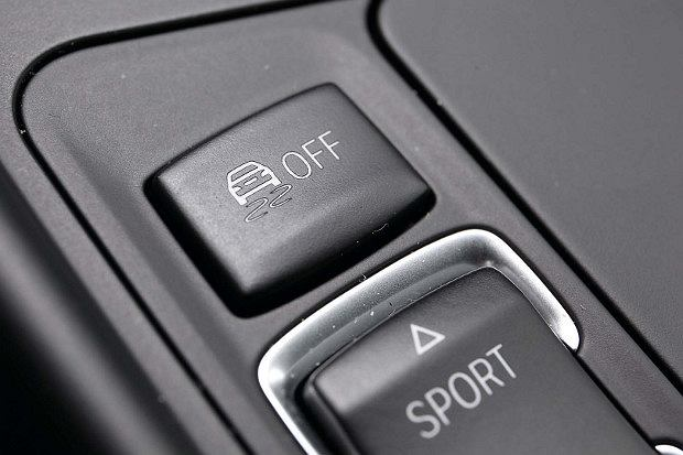 ESP | Ten układ rządzi autem