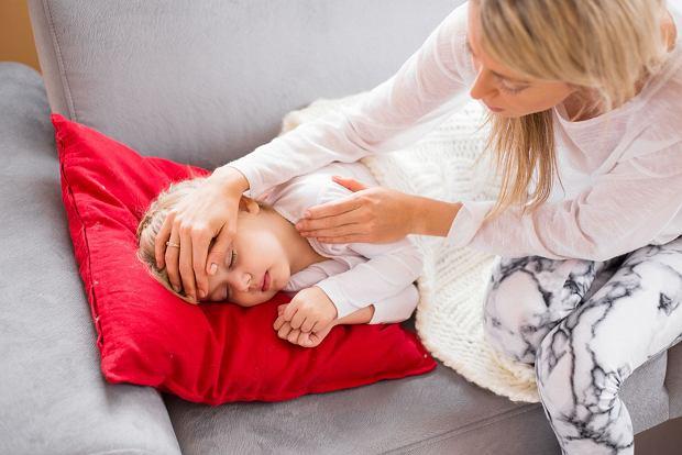 O czym powinni pamiętać rodzice, gdy ich dziecko choruje?