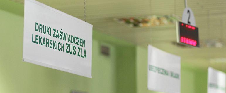 """Polacy uciekli przed zwolnieniem na chorobowe. """"ZUS ma prawo badać"""""""