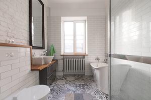 Kabiny prysznicowe z hydromasażem - opinie. Czy warto zainwestować?