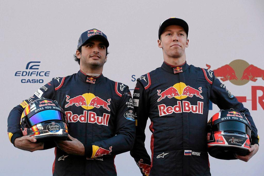 Rosjanin Dawid Kwiat oraz Hiszpan Carlos Sainz - kierowcy Toro Rosso