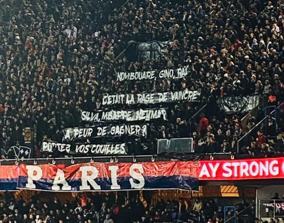 Kibice PSG mają dość Mbappe i Neymara! Wymowny transparent na trybunach Piłka nożna - Sport.pl