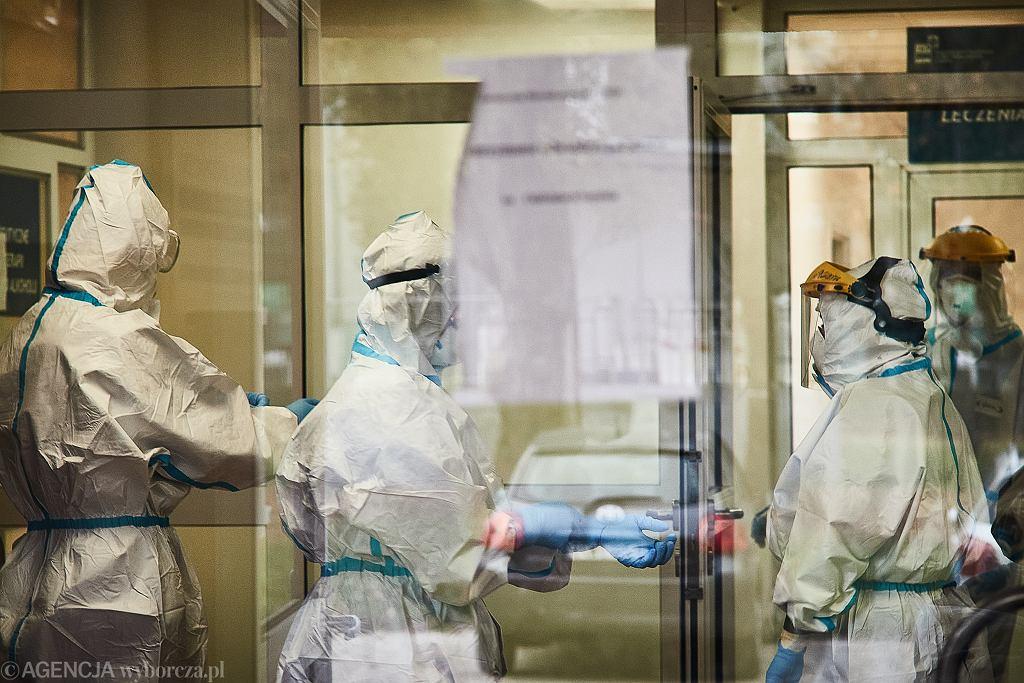W trzeciej fali koronawirusa szpital w Zgierzu znów jednoimienny