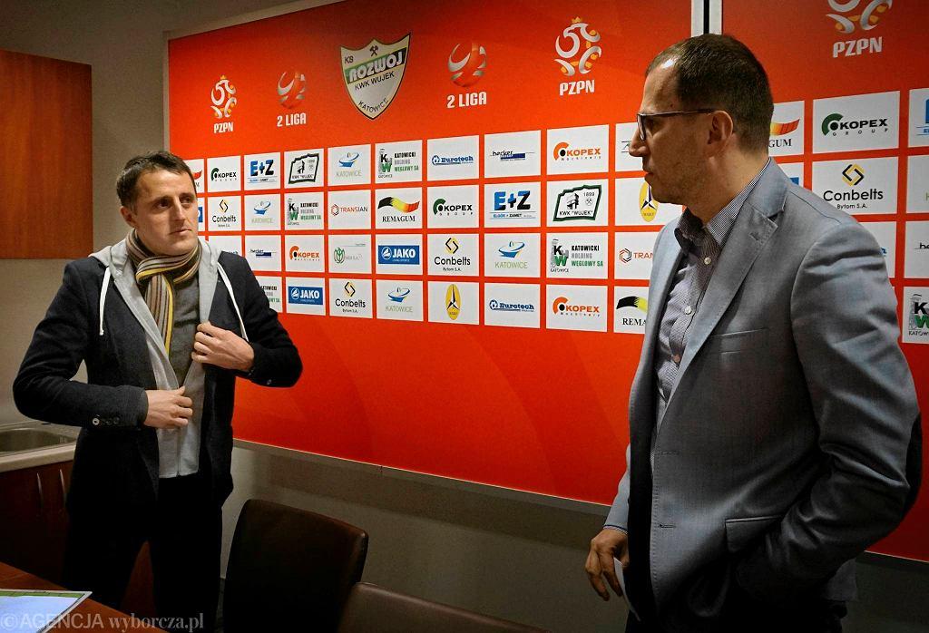 Trener Dietmar Brehmer (z lewej) i prezes Zbigniew Waśkiewicz