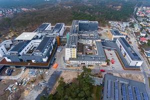 Szpital na Bielanach szuka pracowników, lista potrzebnych specjalistów jest długa