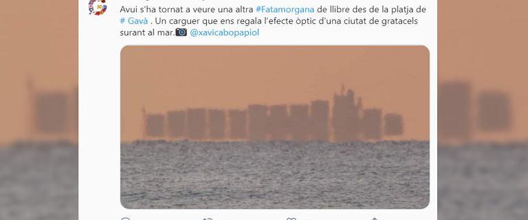 """Hiszpania. Fatamorgana u wybrzeży Barcelony. Turyści widzieli """"pływające miasto"""""""