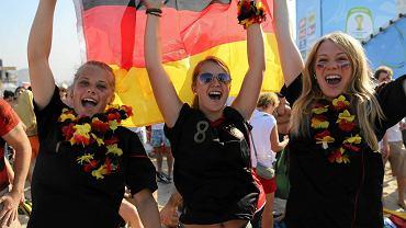 Deutschlaaaand! Trzy wesołe Niemki skaczą na 3:0 w meczu z Portugalią