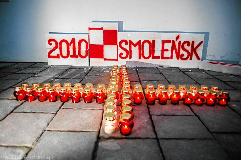 Miesięcznica smoleńska w Krakowie
