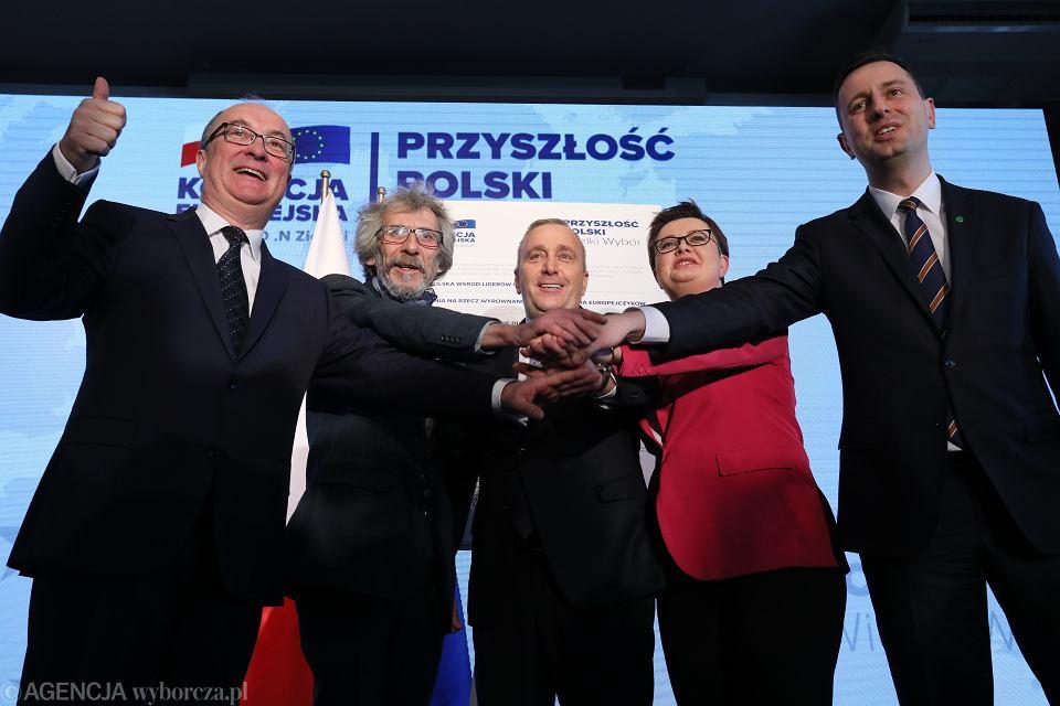 4.04.2019, Warszawa, Koalicja Europejska, od lewej: Włodzimierz Czarzasty (SLD), Marek Kossakowski (Zieloni), Grzegorz Schetyna (PO), Katarzyna Lubnauer (Nowoczesna) i Władysław Kosiniak-Kamysz (PSL)