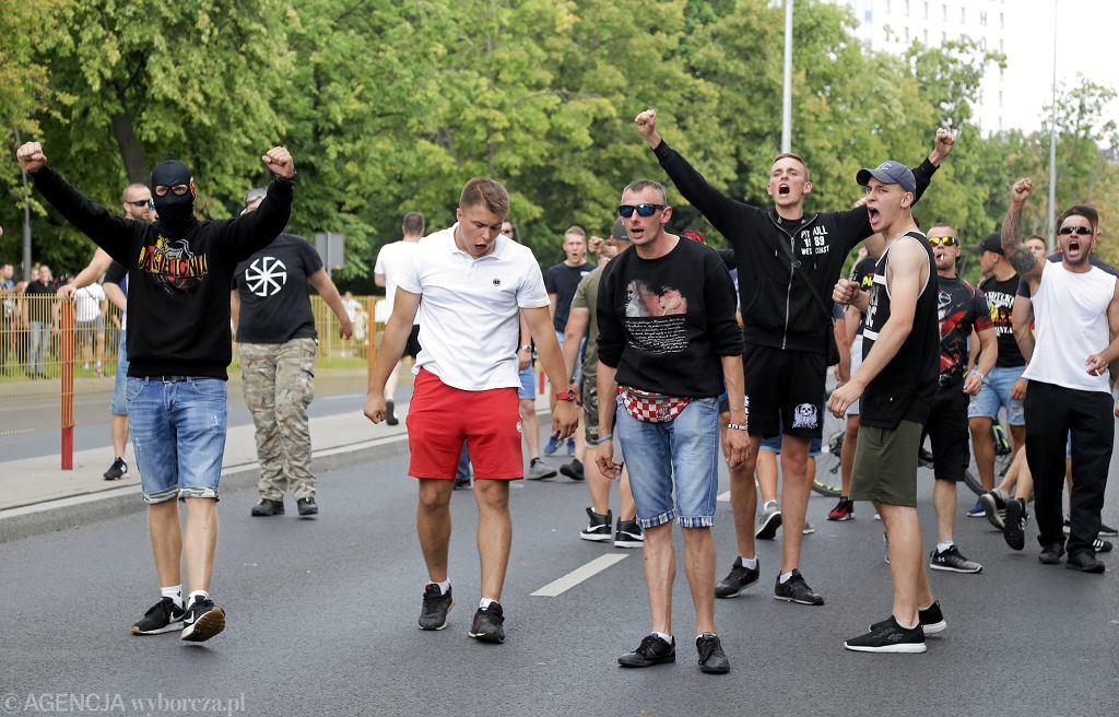 Pierwszy w mieście i regionie Marsz Równości przyciągnął wrogo nastawionych przeciwników, Białystok, 20 lipca 2019.