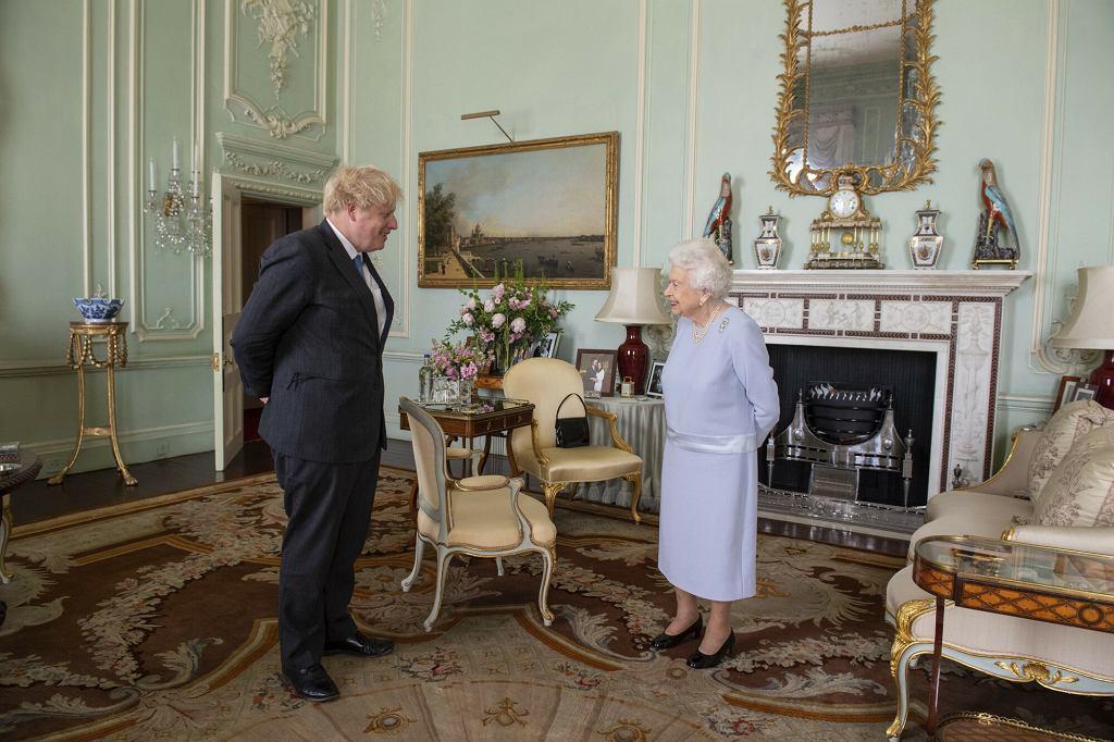 królowa Elżbieta II, Boris Johnson