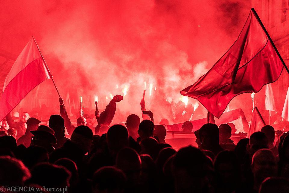 Marsz Polski Niepodległej zorganizowany przez narodowców we Wrocławiu