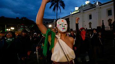 20.09.2019, Quito, Ekwador, protesty kobiet po odrzuceniu przez parlament ustawy znoszącej kary za aborcję gdy ciąża jest wynikiem gwałtu.