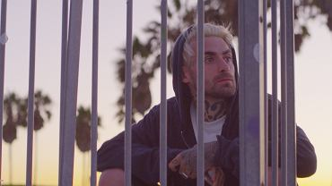 Kadr z 'Quebonafide: Romantic Psycho Film'