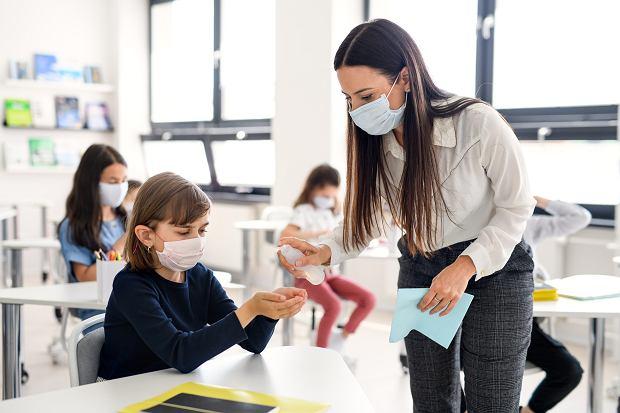 Bezpieczeństwo w szkole zależy w dużej mierze od dyscypliny uczniów.