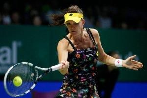 WTA Finals. Szarapowa pokonała Radwańską, ale Polka awansowała