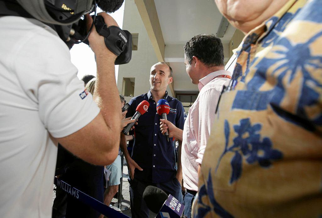 Zdjęcie numer 3 w galerii - Robert Kubica postawił Claire Williams warunek