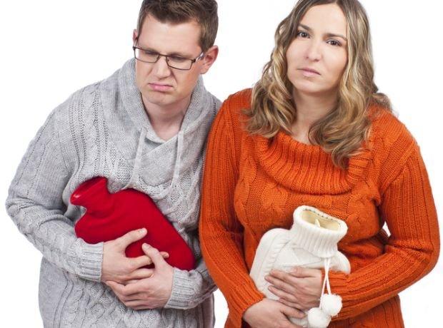 Infekcje pęcherza to głównie problem kobiecy, ale dopada też panów. W obu przypadkach dolegliwości czasem udaje się złagodzić z pomocą termofora