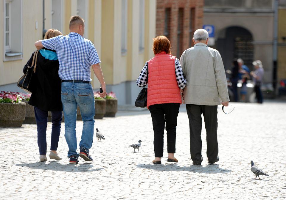 Przyszli emeryci oprócz państwowej emerytury z ZUS i z OFE mają dostawać dodatkową. Mówi o tym ustawa o pracowniczych planach kapitałowych (PPK)