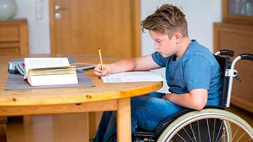 MEN domaga się ujawnienia rodziców, którzy napisali wstrząsające listy o sytuacji uczniów z niepełnosprawnościami