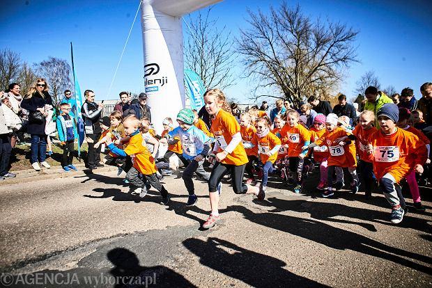 Zdjęcie numer 125 w galerii - Otwarcie sezonu biegowego w Łodzi.