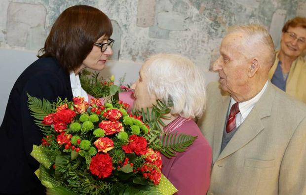 Zdjęcie numer 1 w galerii - Pobrali się w 1949 r. Małżeństwo z Torunia świętuje piękny jubileusz