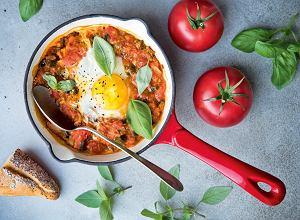 Szakszuka - jajka w sosie pomidorowo-paprykowym