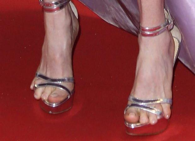 Juliianne Moore, stopy, palce u stóp, wpadki gwiazd