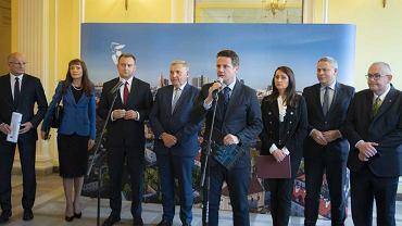 Konferencja prasowa prezydentów 12 miast Unii Metropolii Polskich