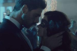 """Już niecały miesiąc dzieli nas od najgorętszej premiery roku - 7 lutego 2020 roku w kinach pojawi się film """"365 dni"""" na podstawie bestsellerowej powieści erotycznej Blanki Lipińskiej."""