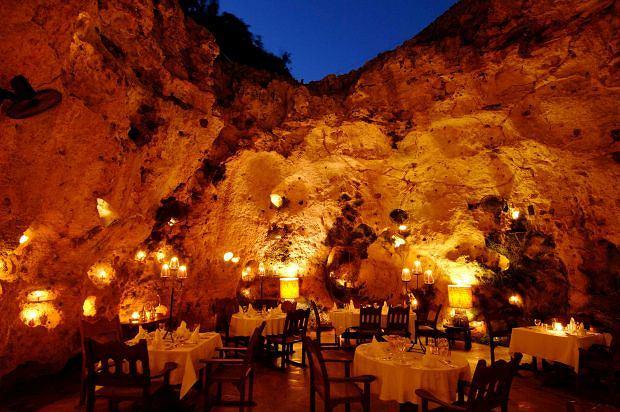 Ali Barbour's Cave Restaurant, Kenia