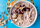 Marzniesz rano? Zjedz coś, co cię rozgrzeje! 7 przepisów na ciepłe śniadania na trudne zimowe poranki