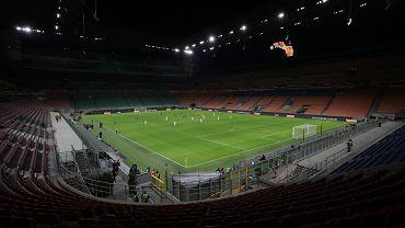 Stadion San Siro w Mediolanie. Mecz pomiędzy drużynami Inter Milanu i Ludogorets 27 lutego odbył się już przy pustych trybunach z powodu epidemii koronawirusa.