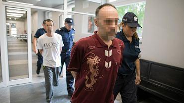 Oskarżeni w sprawie gwałtu na 8-letnim chłopcu. Jeden z trzech mężczyzn był ojcem dziecka