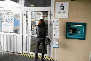 Zaciągnięcie kredytu jak kupowanie kota w worku. Banki ukrywają przed klientami rzeczywiste koszty