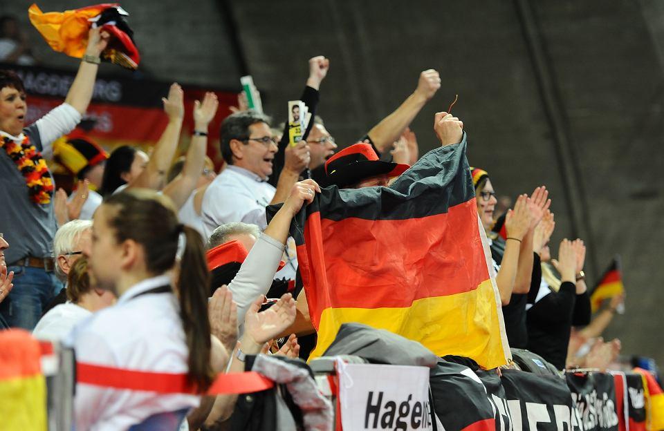 d934b106d Waldemar Łazuga: 'Nie będzie Niemiec uczył nas demokracji ...