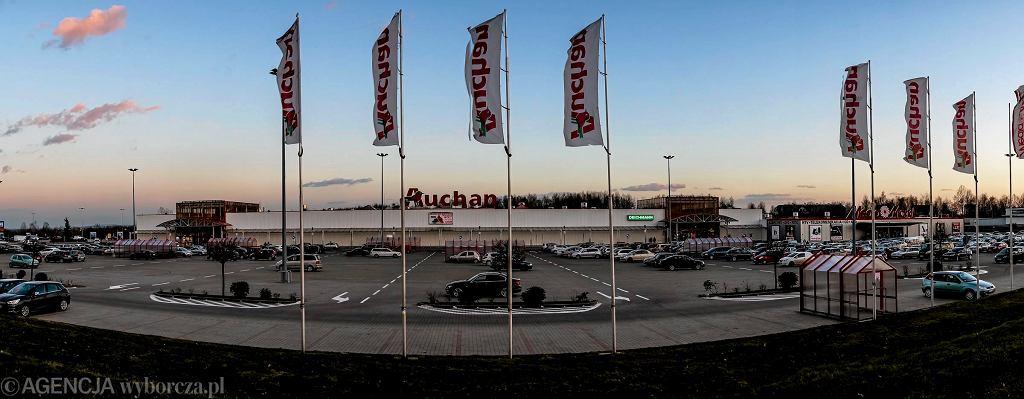 Niedziele handlowe 2018. Czy Lidl, Auchan, Tesco i Biedronka będą otwarte 29 lipca?