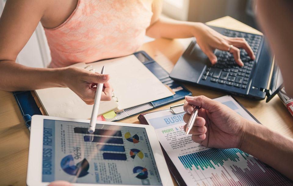 Targetowanie kontentowe zwiększa efektywność kampanii reklamowych