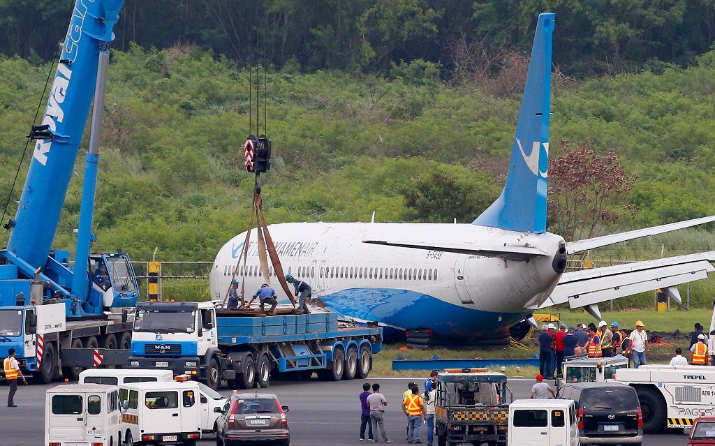 Manila. Boeing linii Xiamen Air zjechał z drogi startowej