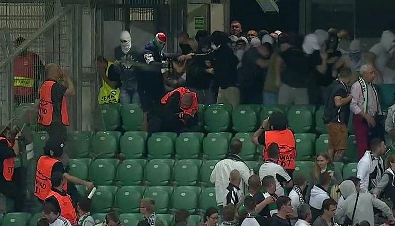 Awantury na meczu Legia - Borussia