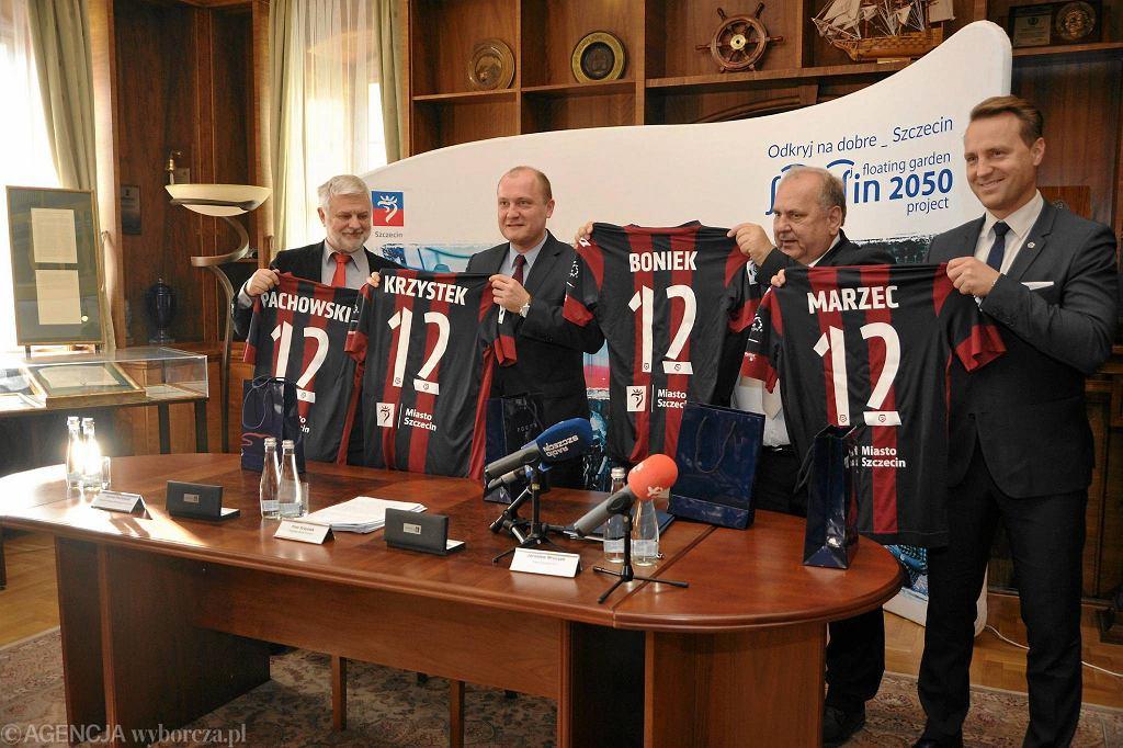 Podpisanie umowy w sprawie przebudowy stadionu dla Pogoni